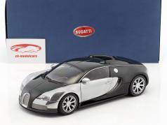 Bugatti Veyron EB 16.4 Edition Centenaire Year 2009 green 1:18 AUTOart