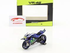 Valentino Rossi Yamaha YZR-M1 #46 MotoGP 2016 1:18 Minichamps