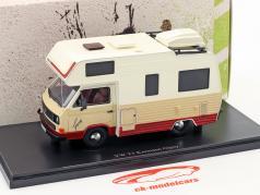 Volkswagen VW T3 Karmann Gipsy Baujahr 1983 beige / rot / weiß 1:43 AutoCult
