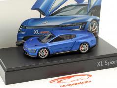 Volkswagen VW XL Sport Baujahr 2015 blau 1:43 Spark