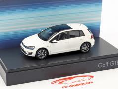 Volkswagen VW Golf VII GTE ano de construção 2015 branco 1:43 Spark