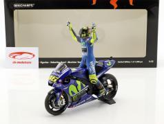 Valentino Rossi Yamaha YZR-M1 #46 Winner MotoGP Assen 2017 mit Figur 1:12 Minichamps