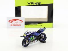 Valentino Rossi Yamaha YZR-M1 #46 ganador MotoGP Catalunya 2016 1:18 Minichamps