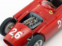 J.M. Fangio / P. Collins Ferrari D50 #26 第2回 イタリア GP 式 1 1956 とともに フィギュア J.M. Fangio 1:18 CMC