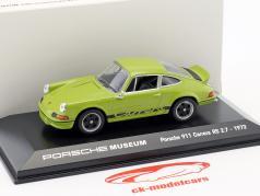 Porsche 911 Carrera RS 2.7 Baujahr 1973 jade grün / schwarz 1:43 Welly