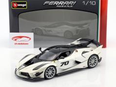 Ferrari FXX-K Evoluzione #70 anno di costruzione 2018 bianco metallico / nero 1:18 Bburago