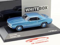 Chevrolet Camaro año de construcción 1969 azul metálico / azul llantas 1:43 WhiteBox