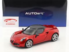 Alfa Romeo 4C Spider con removibile top anno di costruzione 2015 rosso metallico 1:18 AUTOart
