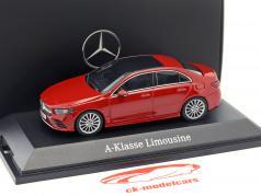 Mercedes-Benz A-Klasse sedan (V177) Bouwjaar 2018 Jupiter rood 1:43 Herpa