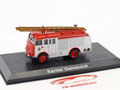 Karrier Gamecock pompiers année de construction 1950 rouge / argent 1:72 Altaya