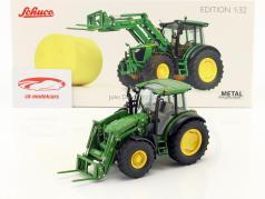 John Deere 5125R tractor con cargadores frontales y fardos de paja verde 1:32 Schuco