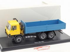 Tatra 815 V26 truck platform geel / blauw 1:43 Premium ClassiXXs