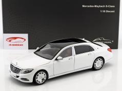 Mercedes-Benz Maybach S-Class anno di costruzione 2016 diamante bianco 1:18 Almost Real