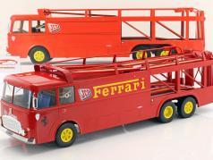Fiat Bartoletti 306/2 Racing transportør Ferrari JCB Racing rød 1:18 Norev