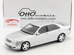 Mercedes-Benz S55 AMG (W220) anno di costruzione 2000 brillante argento 1:18 OttOmobile
