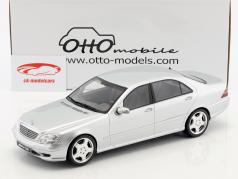Mercedes-Benz S55 AMG (W220) Bouwjaar 2000 briljant zilver 1:18 OttOmobile