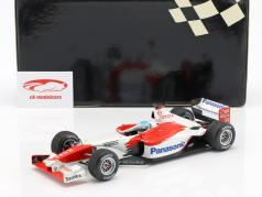 Mika Salo Toyota TF102 #24 formula 1 showcar 2002 1:18 Minichamps
