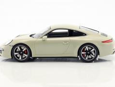 Porsche 911 (991) 50th Anniversary Edition 2013 geyser Gray 1:18 Spark
