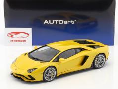 Lamborghini Aventador S ano de construção 2017 perl amarelo 1:18 AUTOart