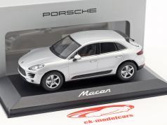 Porsche Macan 築 2013 rhodium 銀 1:43 Minichamps