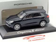 Porsche Cayenne E2 II S (958) Diesel 2015 dunkelblau 1:43 Minichamps