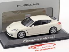 Porsche Panamera Diesel 2012 carrera wit 1:43 Minichamps
