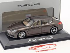 Porsche Panamera S Gen. II Bouwjaar 2014 bruin metalen 1:43 Minichamps
