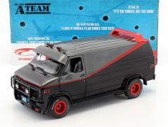 B.A.'s GMC Vandura Bouwjaar 1983 tv-serie de A-Team (1983-87) zwart / rood / grijs 1:18 Greenlight