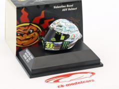 Valentino Rossi MotoGP Test Sepang 2017 AGV hjelm 1:8 Minichamps