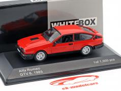 Alfa Romeo GTV6 Bouwjaar 1985 rood 1:43 WhiteBox