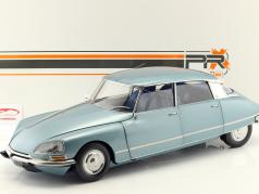 Citroen DS21 year 1970 light blue metallic 1:8 Premium X