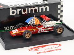 Jacky Ickx Ferrari 312 F1 #26 winnaar Frankrijk GP formule 1 1968 met schild 1:43 Brumm