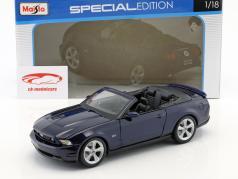 Ford Mustang GT Conversível Ano 2010 azul 1:18 Maisto
