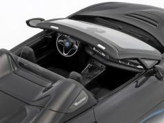 BMW I8 Roadster (I15) año de construcción 2018 gris metálico 1:18 Minichamps