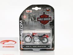 Harley Davidson XL 1200C Sportster anno di costruzione 2002 rosso 1:24 Maisto