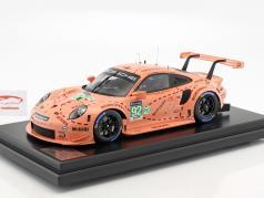 Porsche 911 (991) RSR #92 Pink Pig Tribute 24h LeMans 2018 Porsche GT Team 1:12 com mostruário Spark