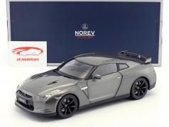Nissan GTR R-35 建造年份 2008 深灰色 金属的 1:18 Norev