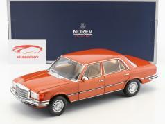 Mercedes-Benz 450 SEL 6.9 (W116) Bouwjaar 1976 oranje metalen 1:18 Norev