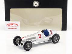 Hermann Lang Mercedes-Benz W125 #2 gagnant Tripoli GP 1937 1:18 Minichamps
