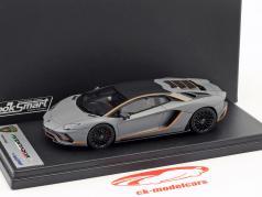 Lamborghini Aventador S Bouwjaar 2017 mat grijs / oranje 1:43 LookSmart