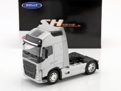 Volvo FH (4x2) tractor año de construcción 2016 plata metálico 1:32 Welly