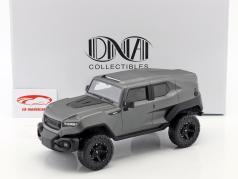 Rezvani Tank ano de construção 2018 esteira cinza prata 1:18 DNA Collectibles