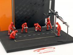 fosse arrêt mécanicien ensemble avec 6 chiffres et accessoires rouge 1:43 Ixo