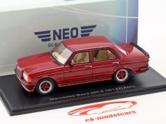 Mercedes-Benz 280 E (W123) AMG Bouwjaar 1980 donker rood metalen 1:43 Neo