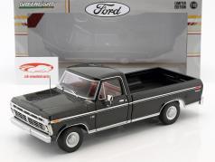 Ford F-100 Pick-Up year 1973 black 1:18 Greenlight