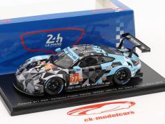Porsche 911 RSR #77 clase ganador LMGTE Am 24h LeMans 2018 1:43 Spark