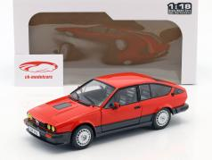 Alfa Romeo GTV6 建造年份 1984 红 1:18 Solido