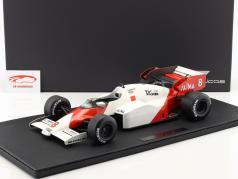 Niki Lauda McLaren MP4/2 #8 champion du monde formule 1 1984 1:12 GP répliques