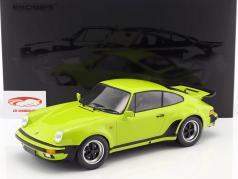 Porsche 911 (930) Turbo ano de construção 1977 luz verde 1:12 Minichamps
