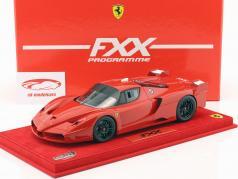 Ferrari FXX corsa rosso con vetrina rosso 1:18 BBR